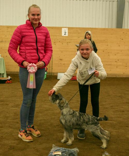 Vinnare-barn-med-hund